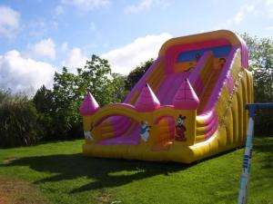 bouncy_castle_clubworld_1